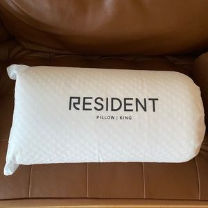 new memory foam resident king pillow
